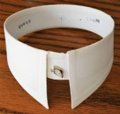 Day collars - Stiff starched detachable